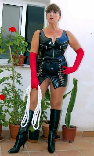 Big-titted german mature chicks in wonderful latex clothes